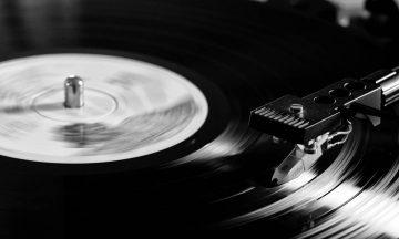 Los CD y Vinilos superan en ventas a iTunes y cia.